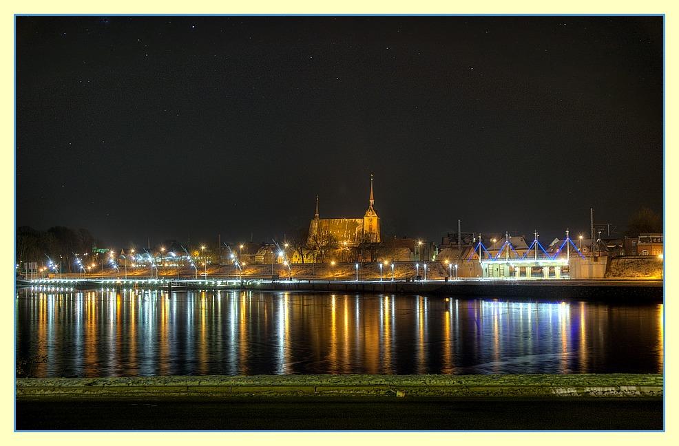 Nächtlicher Obereiderhafen in Rendsburg