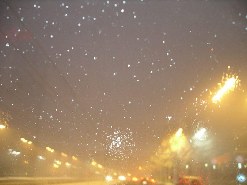 Nächtliches Schneetreiben in Turin
