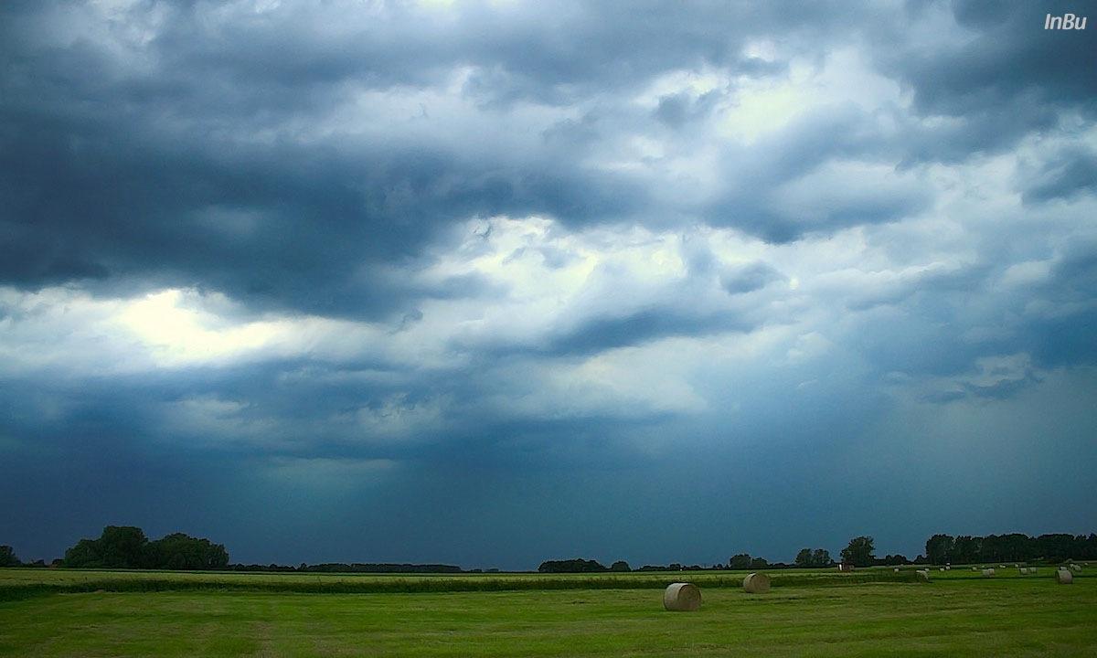 nahende Gewitterwolken