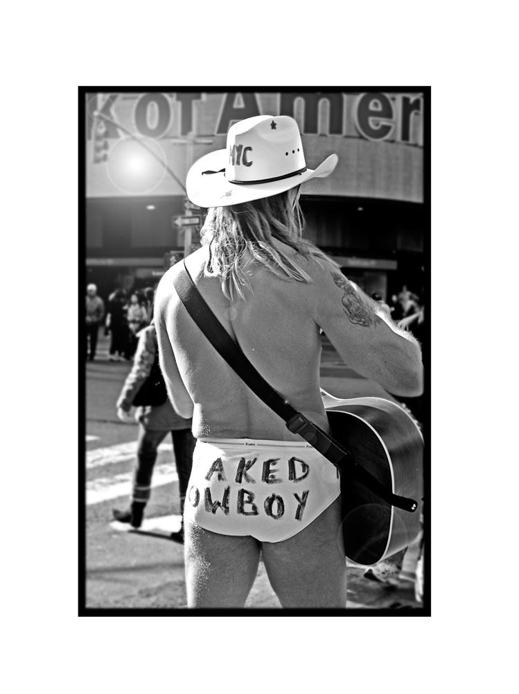 °naked cowboy°
