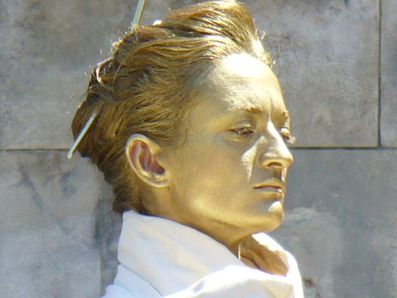 Namei, statuaire vivante