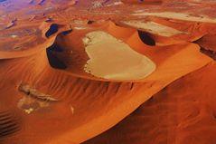 Namibia - Die Dünen von Sossusvlei aus der Luft