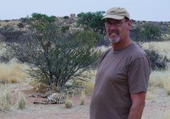 Namibia - Hautnahe Begegnung mit einem Gepard