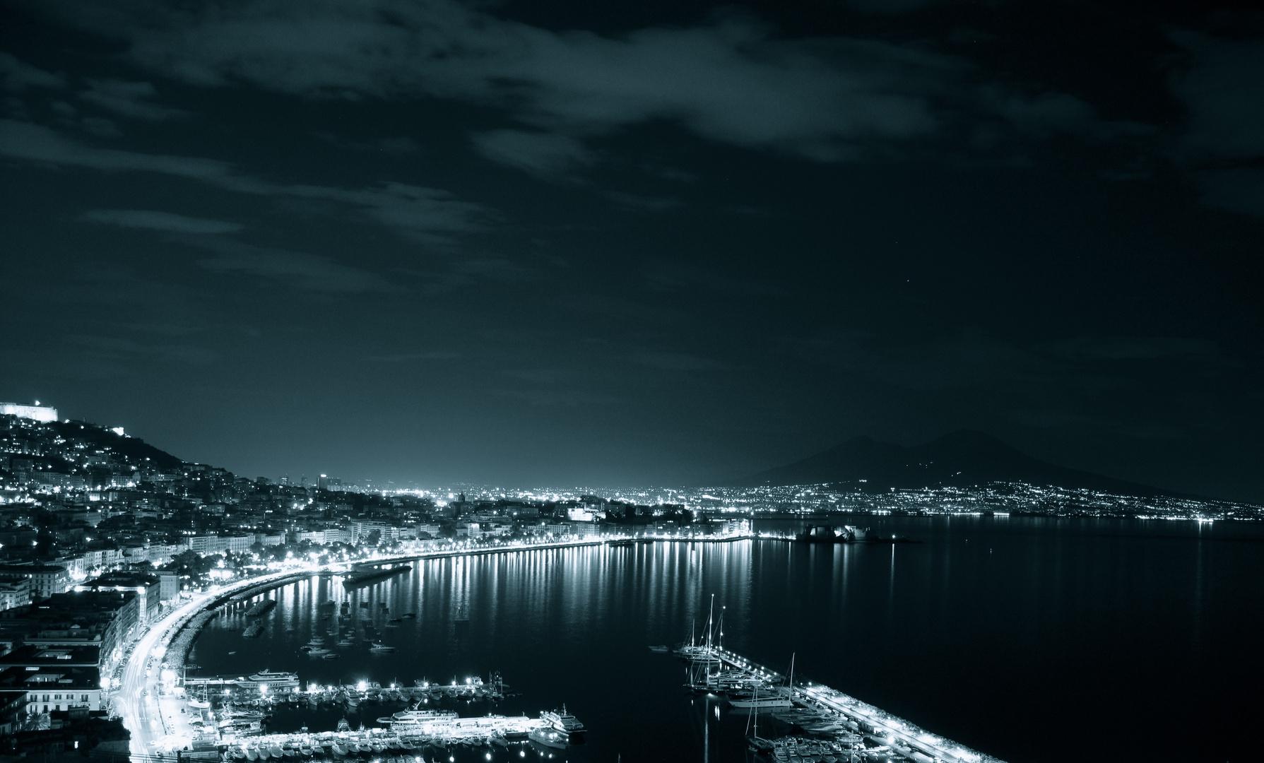 Napoli Di Notte Foto Immagini La Mia Citta Panorama Napoli Foto Su Fotocommunity