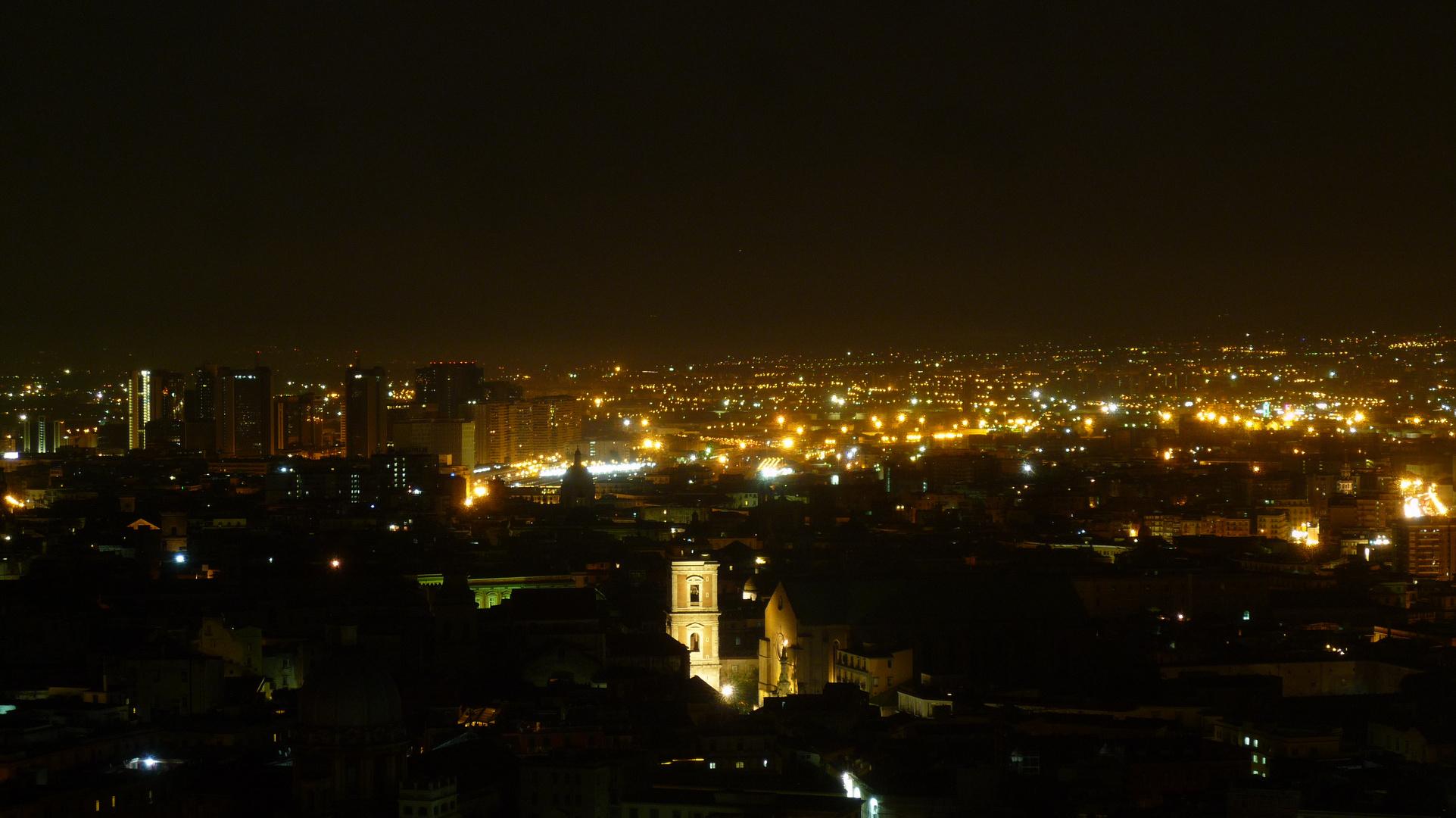 Napoli Di Notte Il Centro Storico Foto Immagini La Mia Citta Notturni Riccardo D Alterio Foto Su Fotocommunity