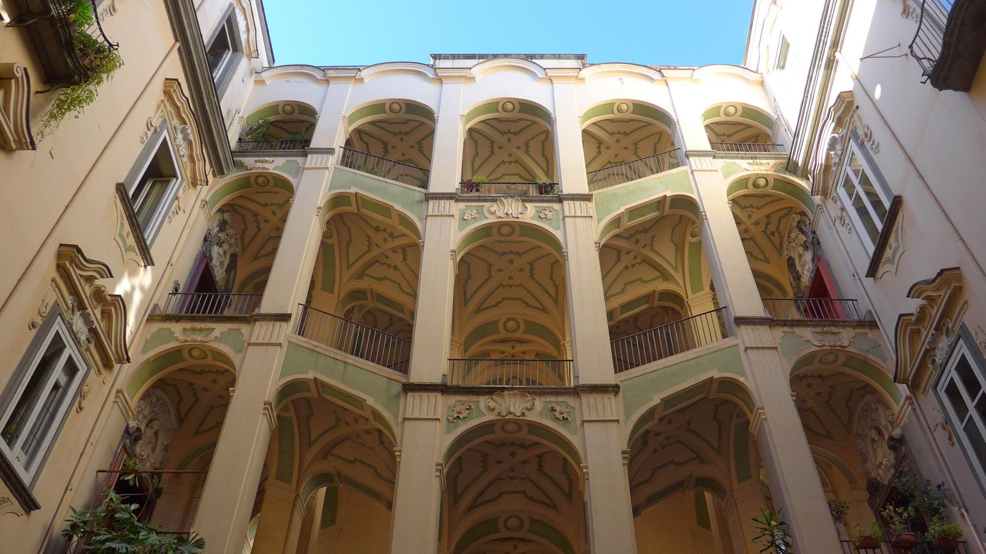 Napoli - Il Palazzo dello Spagnolo