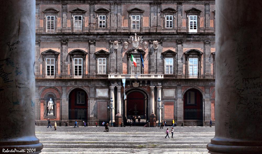 """Napoli """"Palazzo della Ragione"""""""