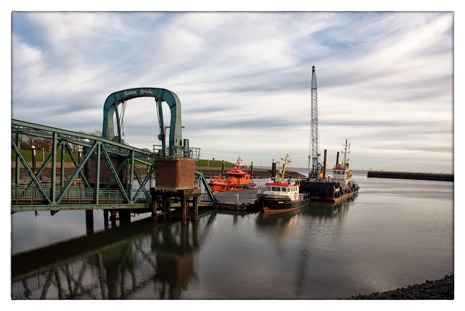 Nassaubrücke in Wilhelmshaven