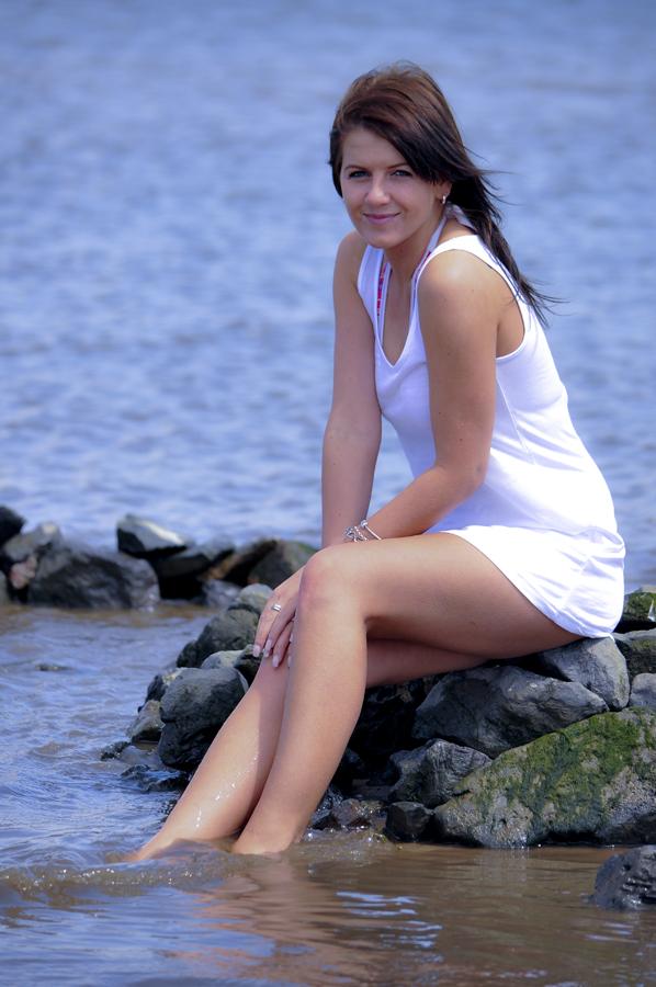 Natalia 7689