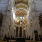 Nave central de la catedral de la Almudena -Madrid