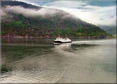 Navegazione nel Fiordo di Geiranger.