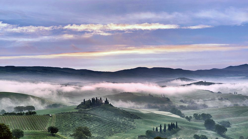 Nebbie in Val d'Orcia