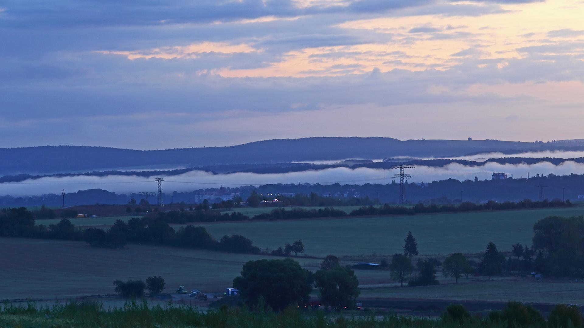 Nebel über der Elbe gestern Morgen bei 4 Grad....