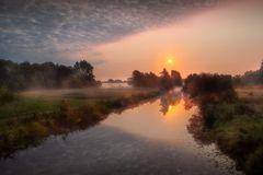Nebelstimmung am Fluss