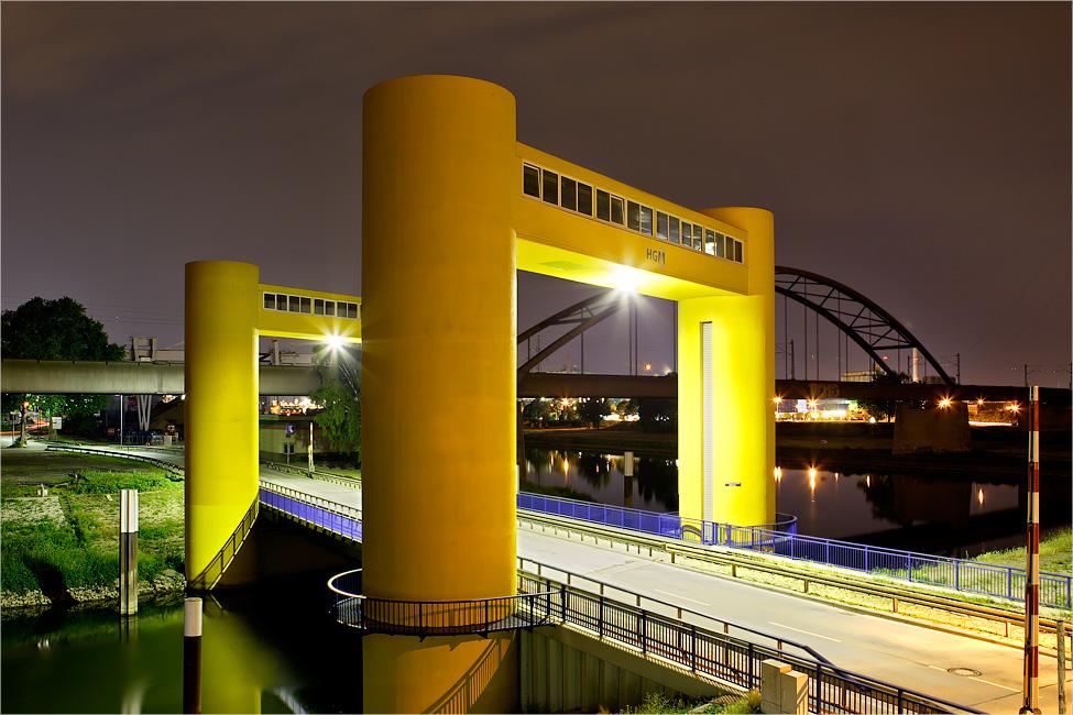 Neckarvorlandbrücke - Mannheim