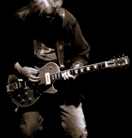 Neil Young, loud