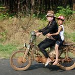 Nein, wir verkaufen unser Oma ihr Moped nicht...