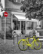 Neongelbes Fahrrad in Colmar