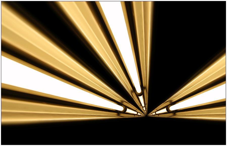 Neonlythic Light