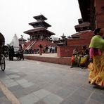 NEPAL 17 - PER STRADA / ON THE ROAD