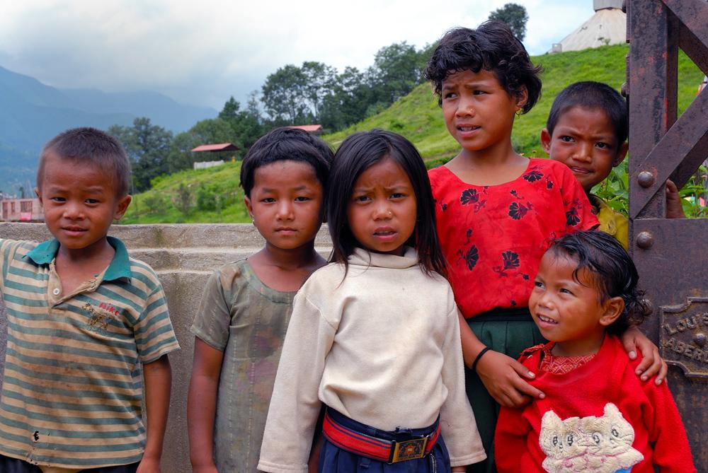 Nepalese kids near Bagmati river