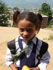 Nepali Schulmädchen