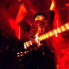 Nesko Hadzimuratovic (Nesko X), Laminius X, live in Paris,06/2008 hands up