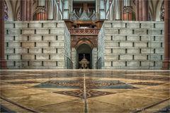 Neue Grabeskirche .... mit alten Fußboden