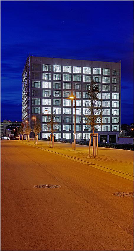 Neue stadtbibliothek stuttgart foto bild architektur for Neue architektur stuttgart