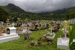 Neuer Friedhof auf Mahé Nähe Victoria