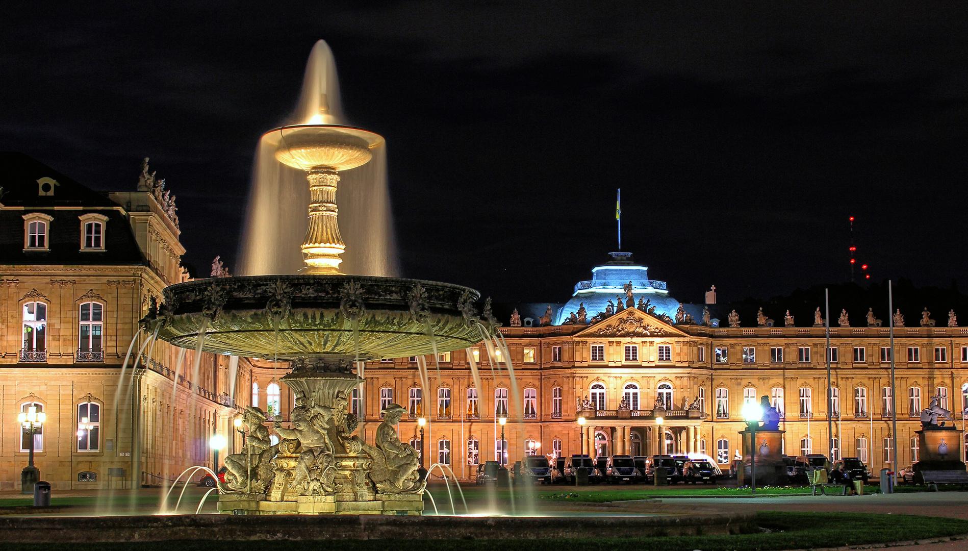 Neues Schloss (Stuttgart) bei Nacht