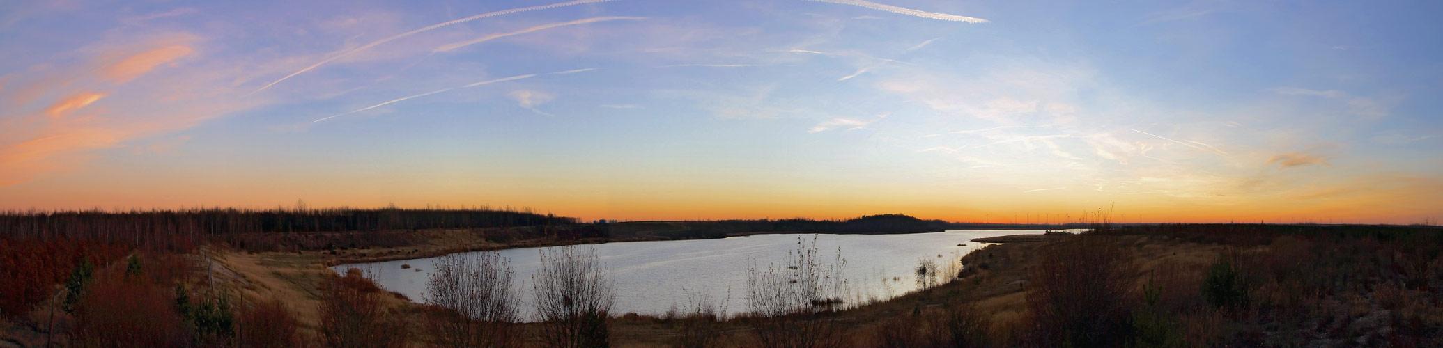 Neuhäuser See nach Sonnenuntergang