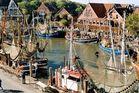 Neuharlingersiel / Ostfriesland Blick zum Hafen...