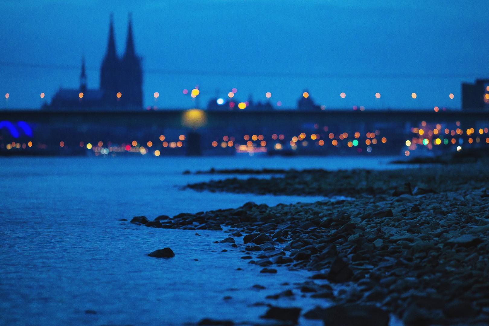 Neujahrsabend - Rheinufer in Köln