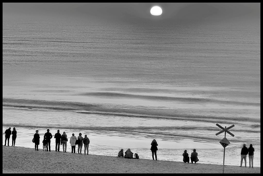 Neulich am Strand (Beim Sonnenuntergang)