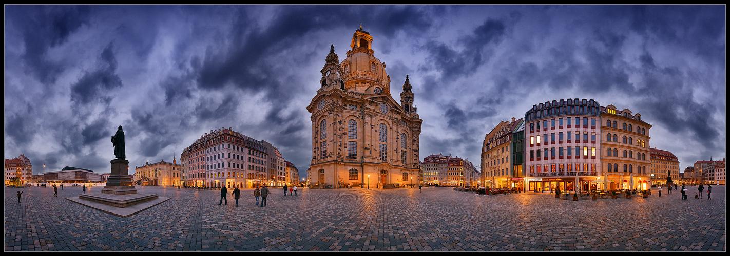 ... Neumarkt Dresden ...