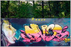 Neuss - Grafitti auf dem Konrad-Adenauer-Ring - 6