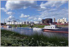 Neuss - Hafenbecken