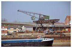 Neuss - Schrottverladeplatz im Hafen