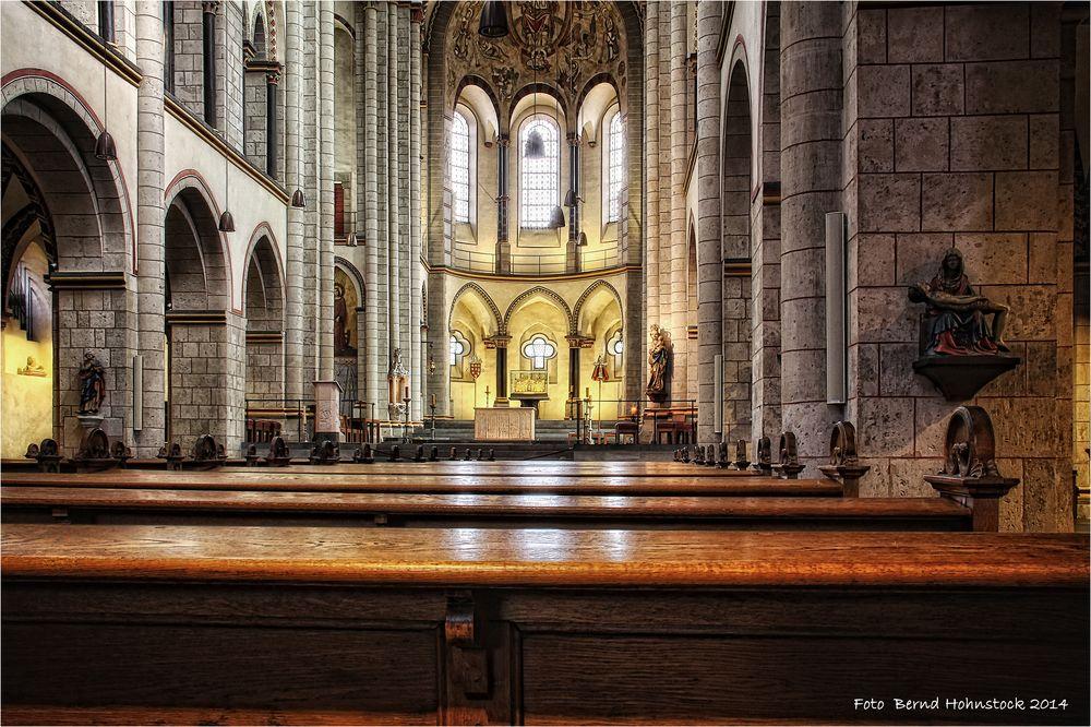 Neusser Münster ....