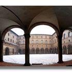 .. Neve nella Corte del Castello Sforzesco....