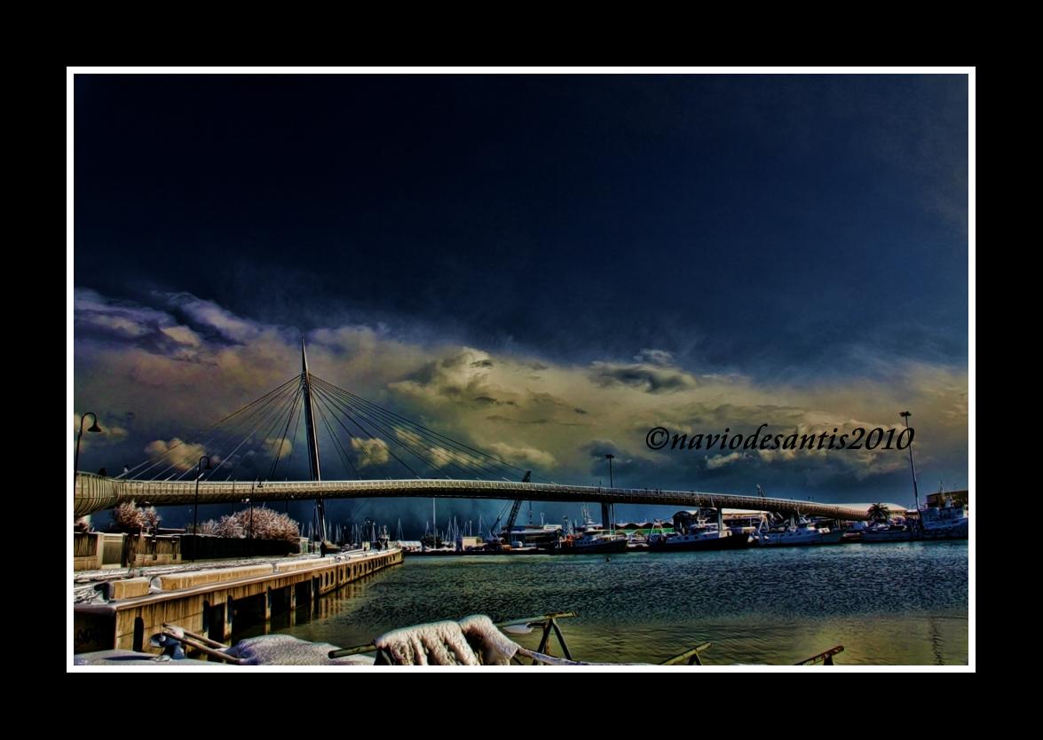 neve sul ponte del mare a pescara