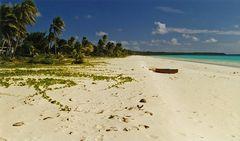 New Caledonia Ouvea Muli Beach