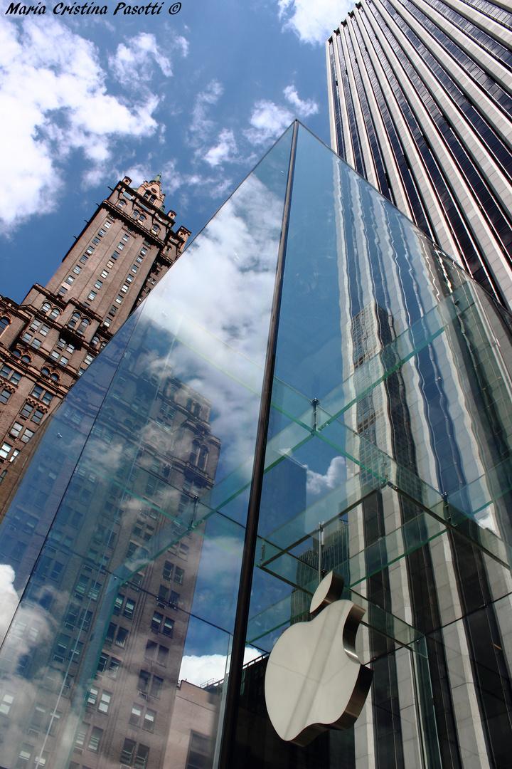New York City - Apple in the Big Apple