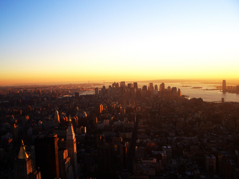 New York City (downtown & liberty island vom empire state building)