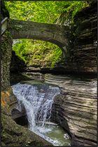 New York | hiking Watkins Glen Gorge |