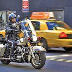 New Yorker Motorradcop