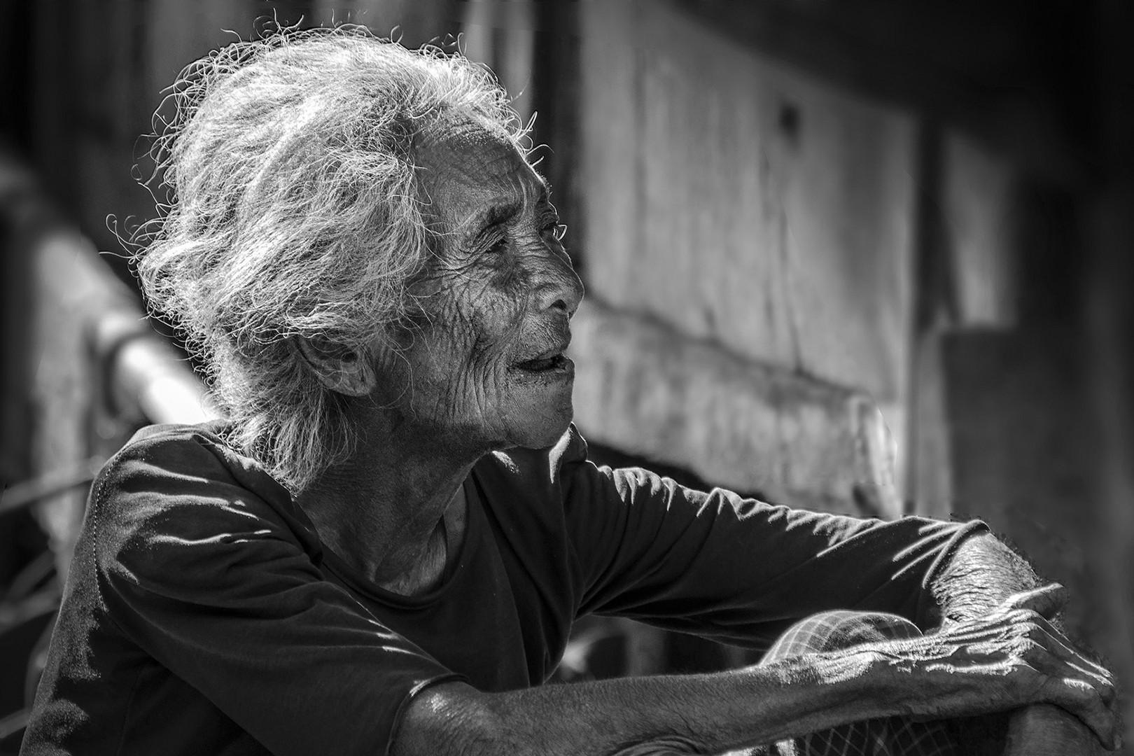 Ngada Frau auf Flores / Indonesien