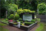 .........Nicht nur ein Friedhof........der Melatenfriedhof........!