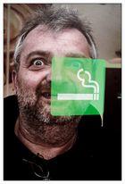 nicht raucht er !